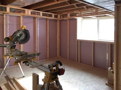 basement bedroom soffit 1